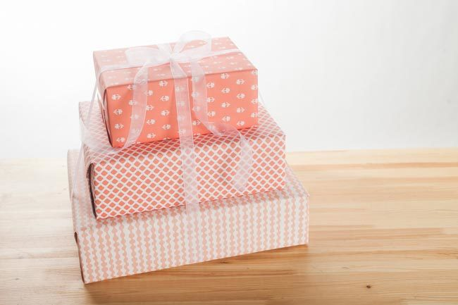 Create an ombre gift wrapping effect with 3 sheets of Smock gift wrap