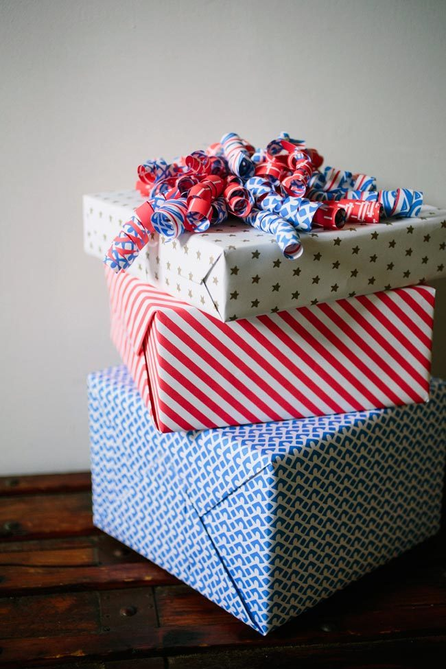 4th of July inspired gift wrap from Smock